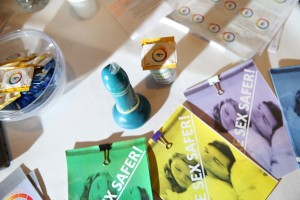 The ''S.T.EYE' is a condom with an inbuilt indication that changes colour when in contact with STIs. Allows people to take action in privacy without the embarrassment or invasiveness of a Dr visit
