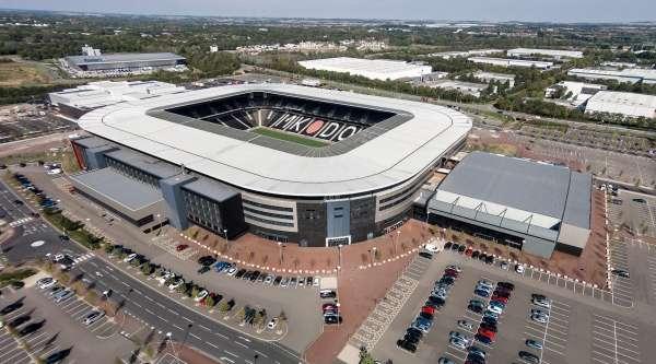stadiummk-home-of-mk-dons_wsjmok1ntyyw1qiy68lb6705l